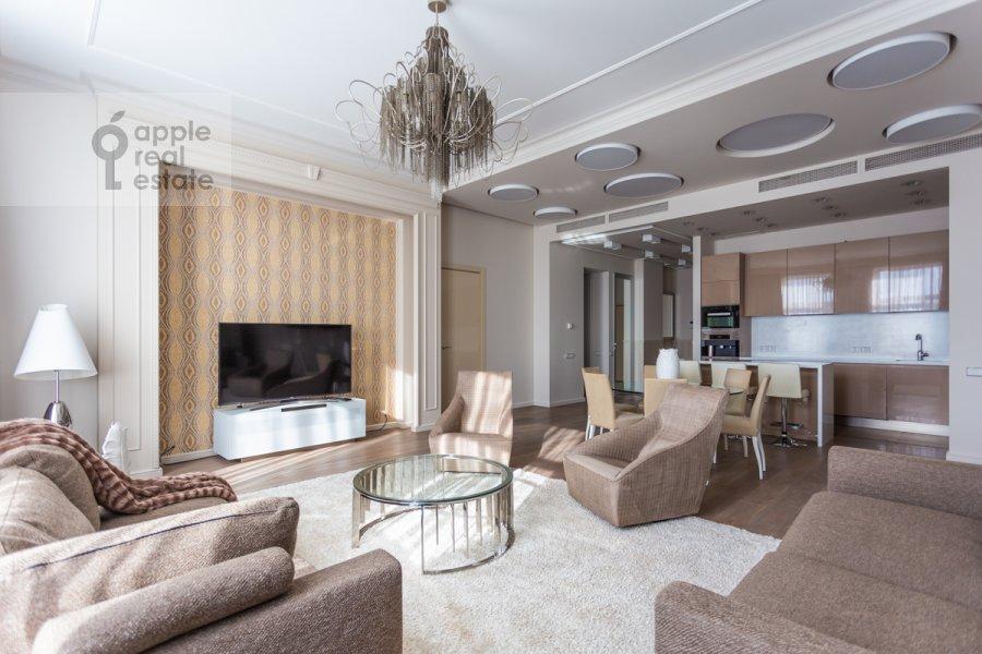 Гостиная в 4-комнатной квартире по адресу Якиманский переулок 6