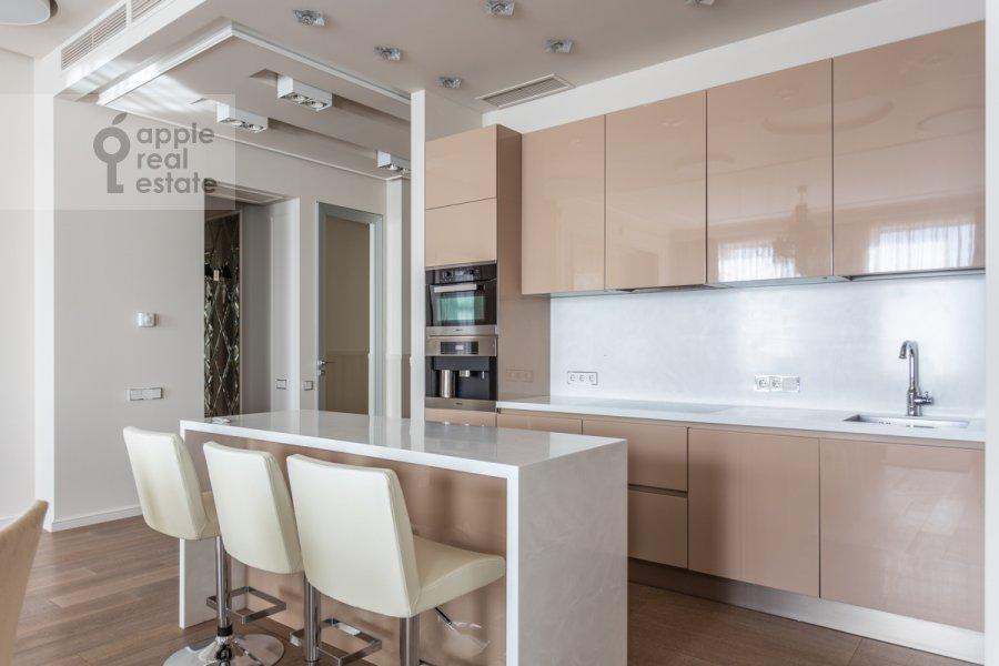 Кухня в 4-комнатной квартире по адресу Якиманский переулок 6
