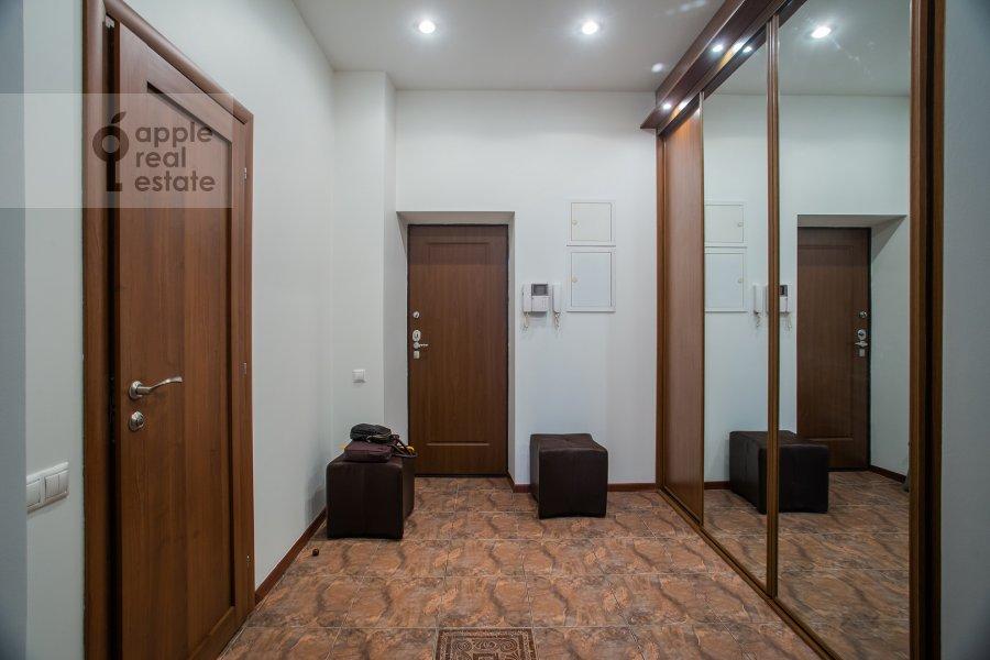 Corridor of the 3-room apartment at Arbat ul. 51s1