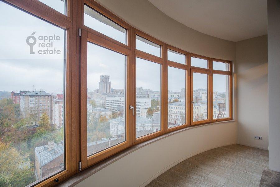 Balcony / Terrace / Loggia of the 6-room apartment at Bakhrushina ul. 13