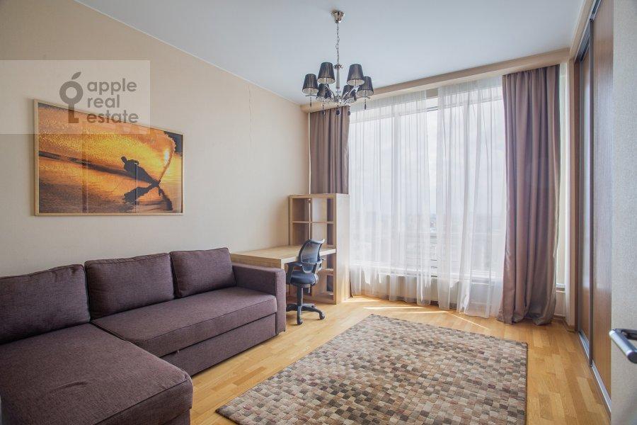 Детская комната / Кабинет в 3-комнатной квартире по адресу Кочновский пр. 4к2
