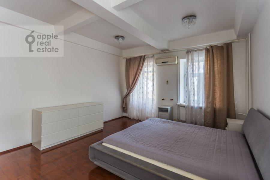 Bedroom of the 2-room apartment at Ordynka Malaya ul. 13s1a
