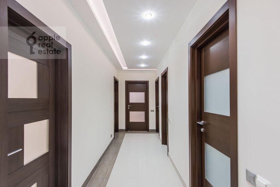 Коридор в 4-комнатной квартире по адресу Кастанаевская ул. 24