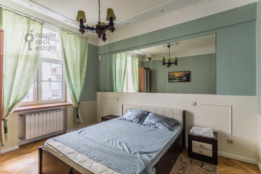 Bedroom of the 3-room apartment at Karetnyy Ryad ul. 5/10