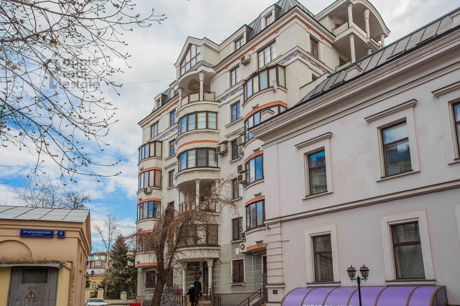 Фото дома 3-комнатной квартиры по адресу Зачатьевский 1-й пер. 6