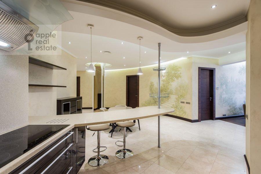 Kitchen of the 4-room apartment at Polyanka Malaya ul. 2