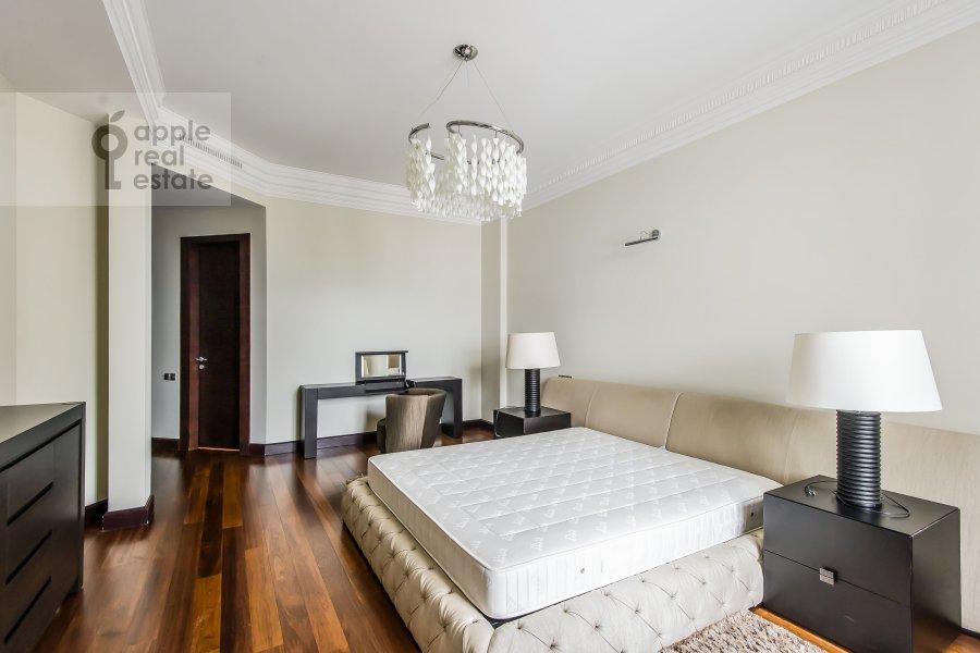 4-room apartment at Polyanka Malaya ul. 2