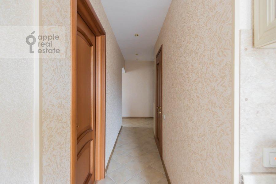 Corridor of the 2-room apartment at Komsomol'skiy pr-t. 25k3