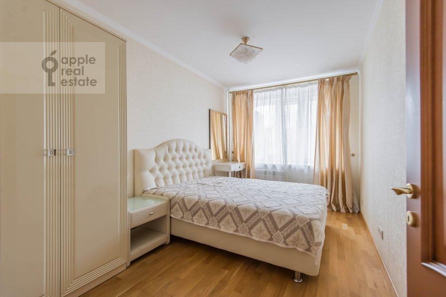 Bedroom of the 2-room apartment at Komsomol'skiy pr-t. 25k3