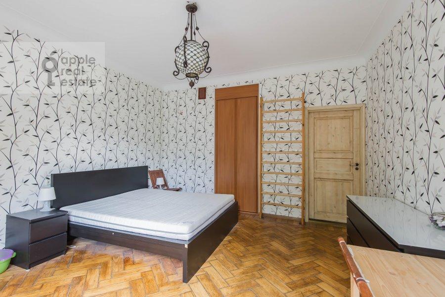 Спальня в 3-комнатной квартире по адресу Тверская-Ямская 3-я ул. 21/23
