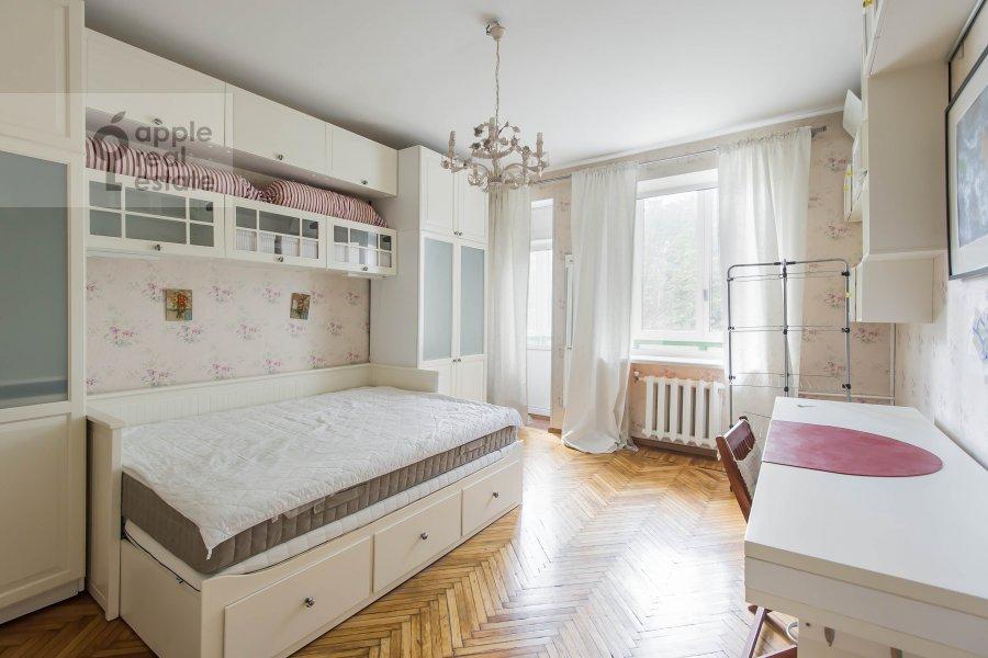 Детская комната / Кабинет в 3-комнатной квартире по адресу Тверская-Ямская 3-я ул. 21/23