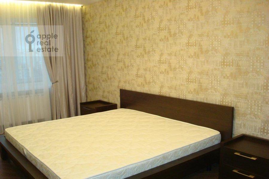 Bedroom of the 3-room apartment at Istrinskaya ul. 8k3