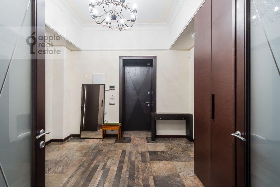 Коридор в 4-комнатной квартире по адресу Арбат ул. 32