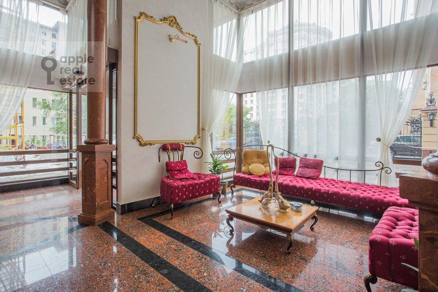Фото дома 5-комнатной квартиры по адресу Смоленский 1-й пер. 17