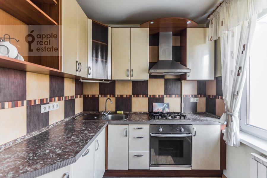 Kitchen of the 3-room apartment at Kuusinena ul. 4Ak4