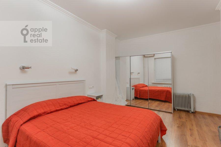 Bedroom of the 3-room apartment at Tverskaya-Yamskaya 3-ya ul. 26