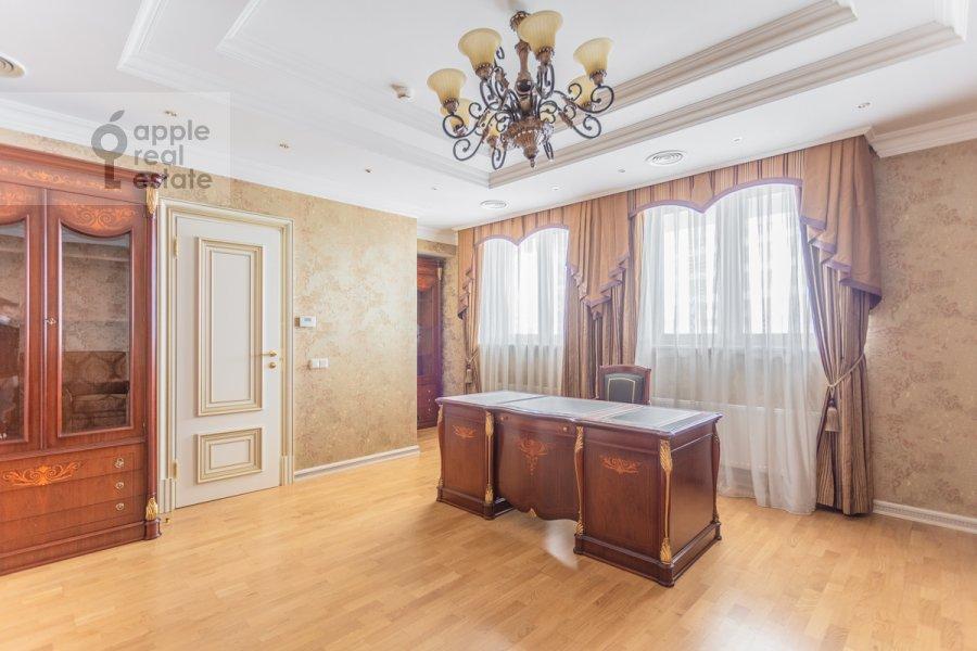 Children's room / Cabinet of the studio apartment at Kompozitorskaya ul. 17