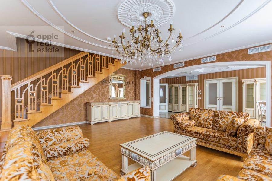 Гостиная в квартире-студии по адресу Композиторская ул. 17