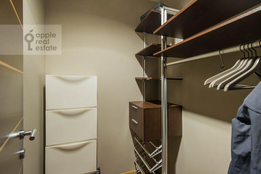 Walk-in closet / Laundry room / Storage room of the 4-room apartment at Leningradskiy pr-t. 52