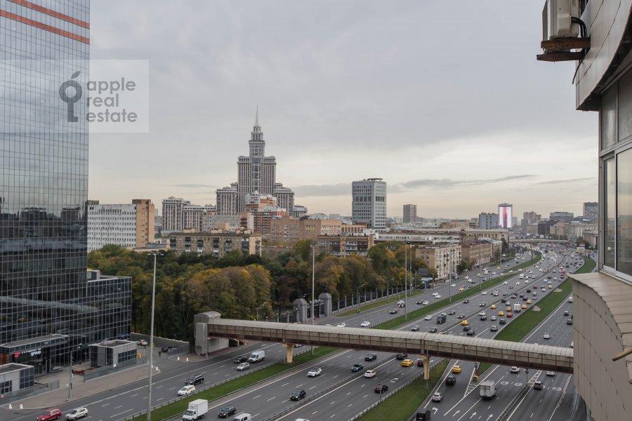 Вид из окна в 4-комнатной квартире по адресу Ленинградский пр-т. 52