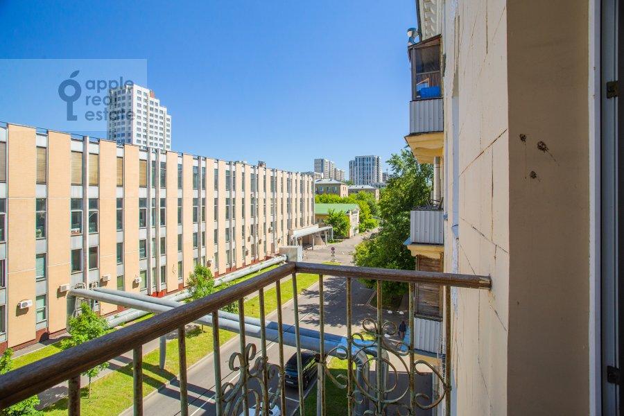 Balcony / Terrace / Loggia of the 3-room apartment at Strel'bishienskiy per. 26/9