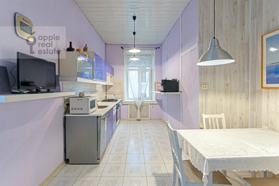 Кухня в 4-комнатной квартире по адресу Каковинский Малый пер. 3к1