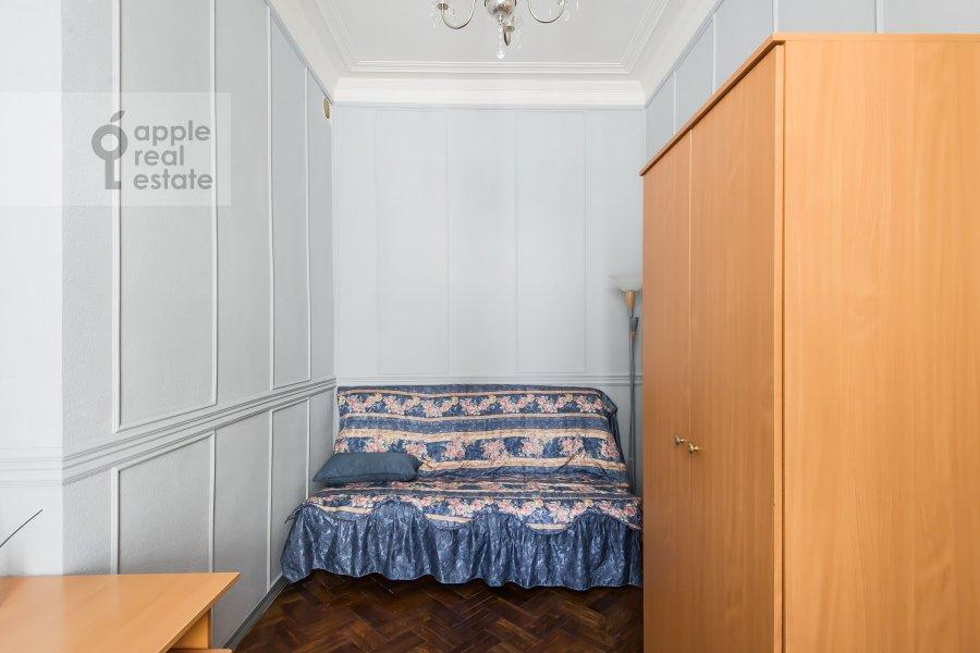 Детская комната / Кабинет в 4-комнатной квартире по адресу Каковинский Малый пер. 3