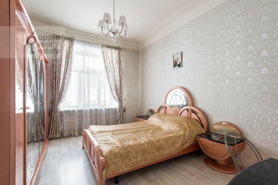 Спальня в 4-комнатной квартире по адресу Каковинский Малый пер. 3