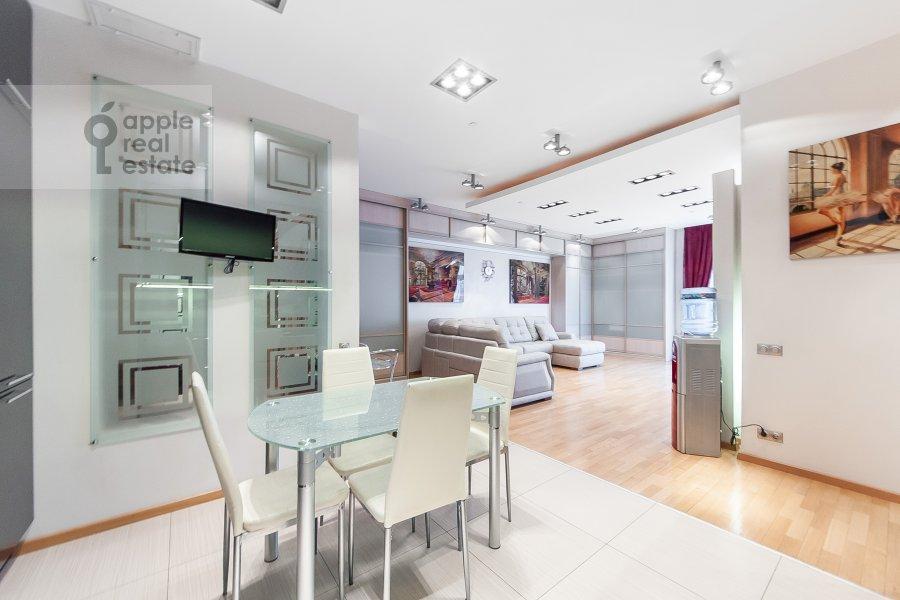 Kitchen of the 3-room apartment at Mosfil'movskaya ulitsa 70k3