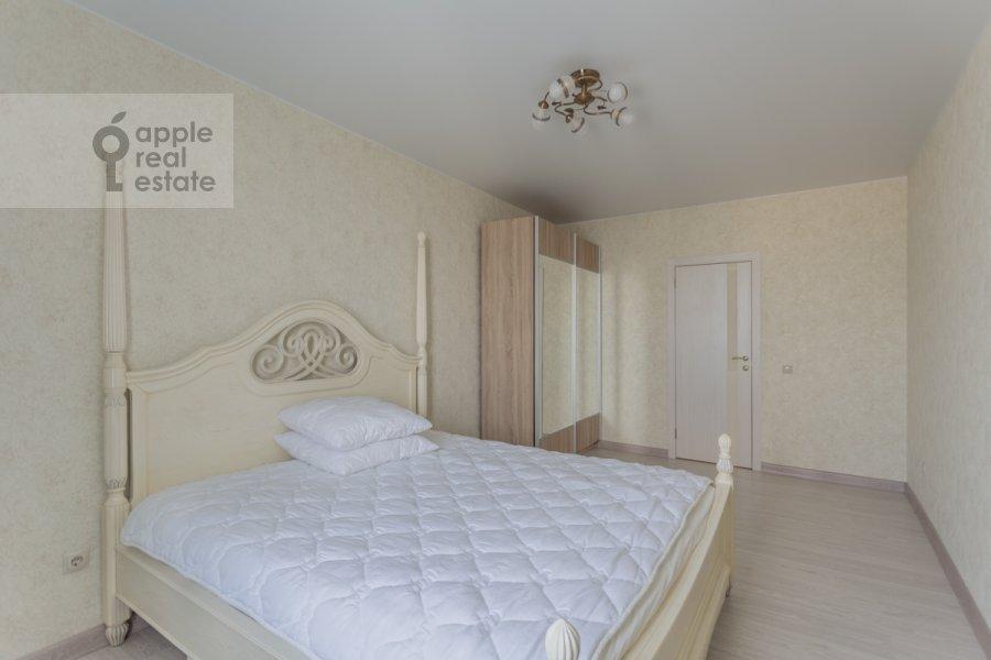 Bedroom of the 3-room apartment at Khoroshevskoe shosse 12k1