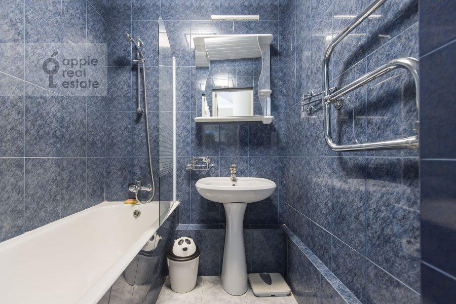 Санузел в 3-комнатной квартире по адресу Ленинградский пр-т. 26к2