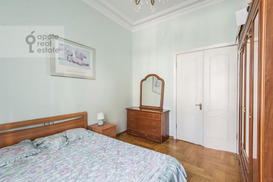 Спальня в 4-комнатной квартире по адресу 1-я Тверская-Ямская улица 36