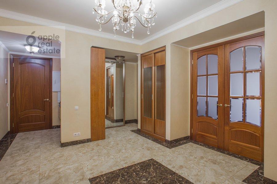 Коридор в 5-комнатной квартире по адресу Трехгорный Вал ул. 14с1