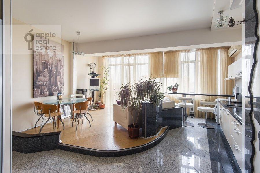 Kitchen of the 2-room apartment at Arkhitektora Vlasova ul. 20