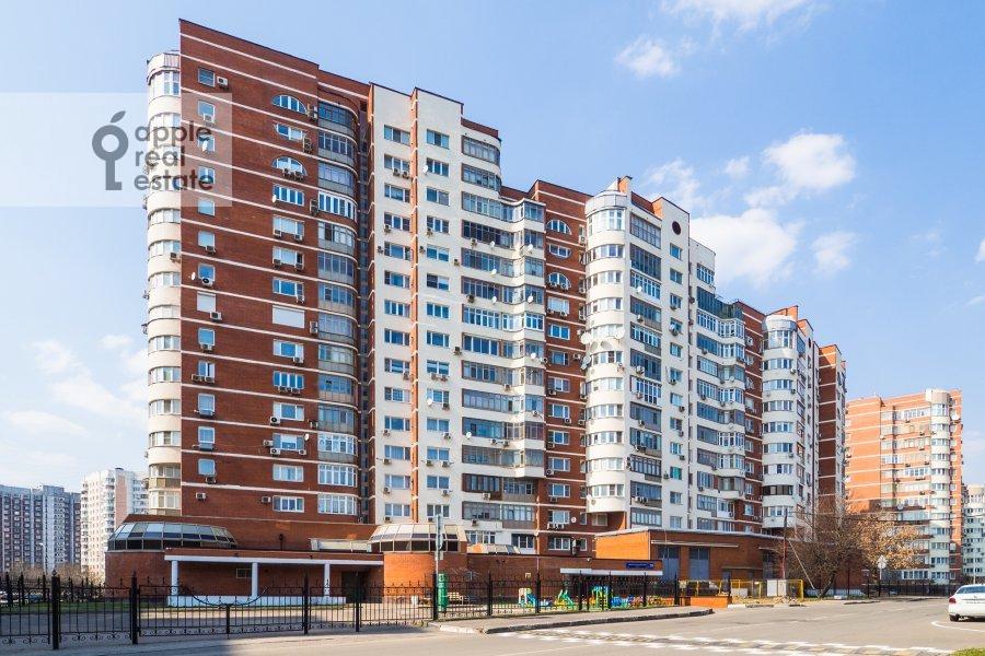 Photo of the house of the 2-room apartment at Arkhitektora Vlasova ul. 20