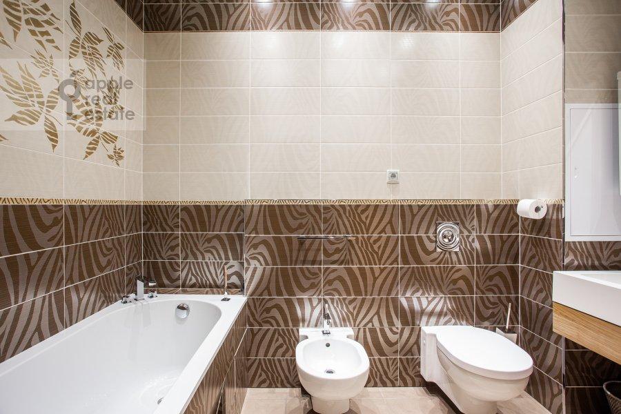 Bathroom of the 4-room apartment at Aviakonstruktora Mikoyana 14k4