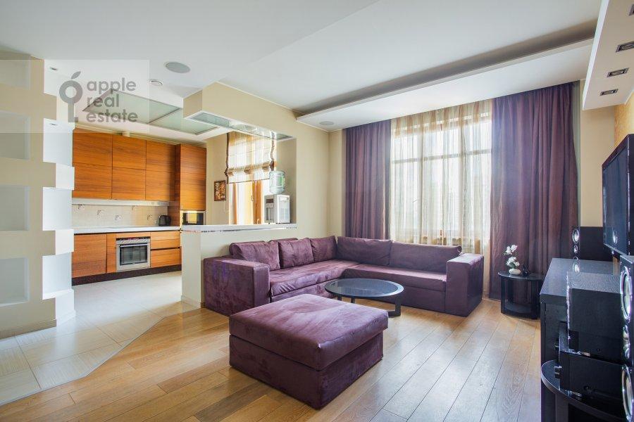 Living room of the 4-room apartment at Aviakonstruktora Mikoyana 14k4