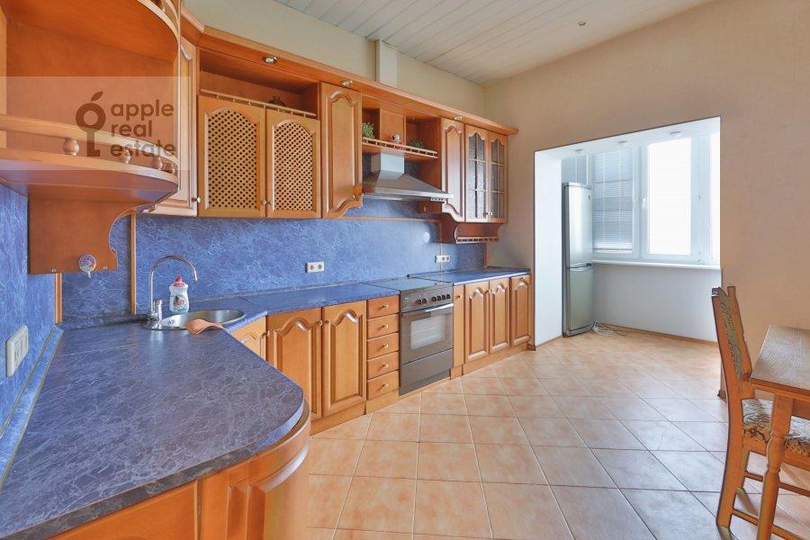 Кухня в 3-комнатной квартире по адресу Машкова ул. 9с1