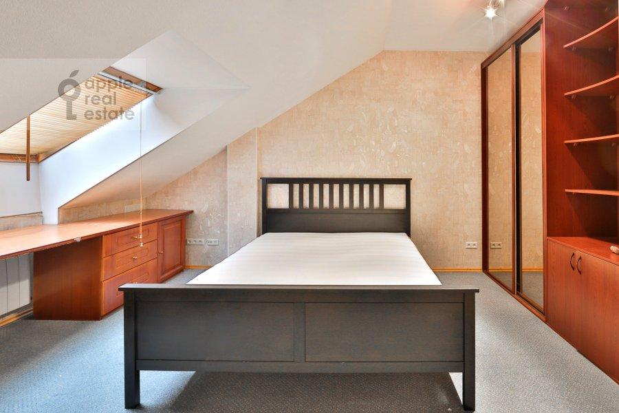 Спальня в 3-комнатной квартире по адресу Машкова ул. 9с1