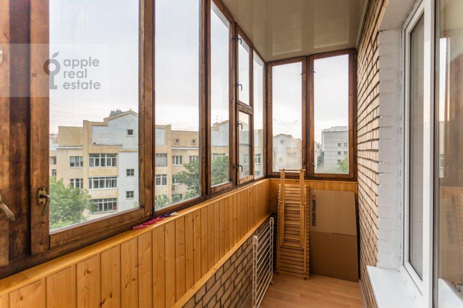 Балкон / Терраса / Лоджия в 2-комнатной квартире по адресу Астраханский пер. 10/36с1