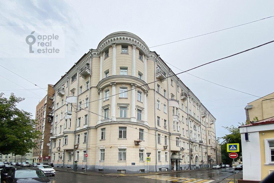 Фото дома 4-комнатной квартиры по адресу Сивцев Вражек пер. 44/28