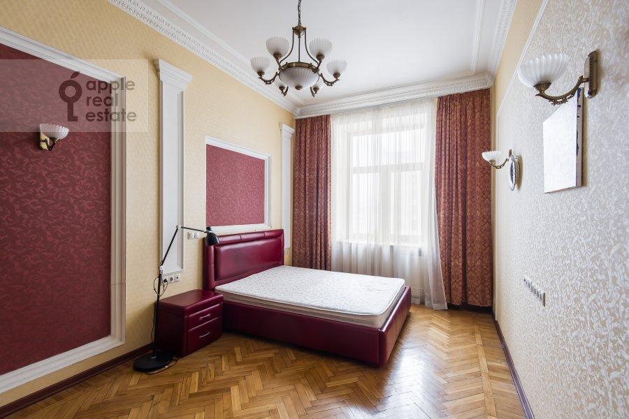 Bedroom of the 2-room apartment at Kudrinskaya pl. 1