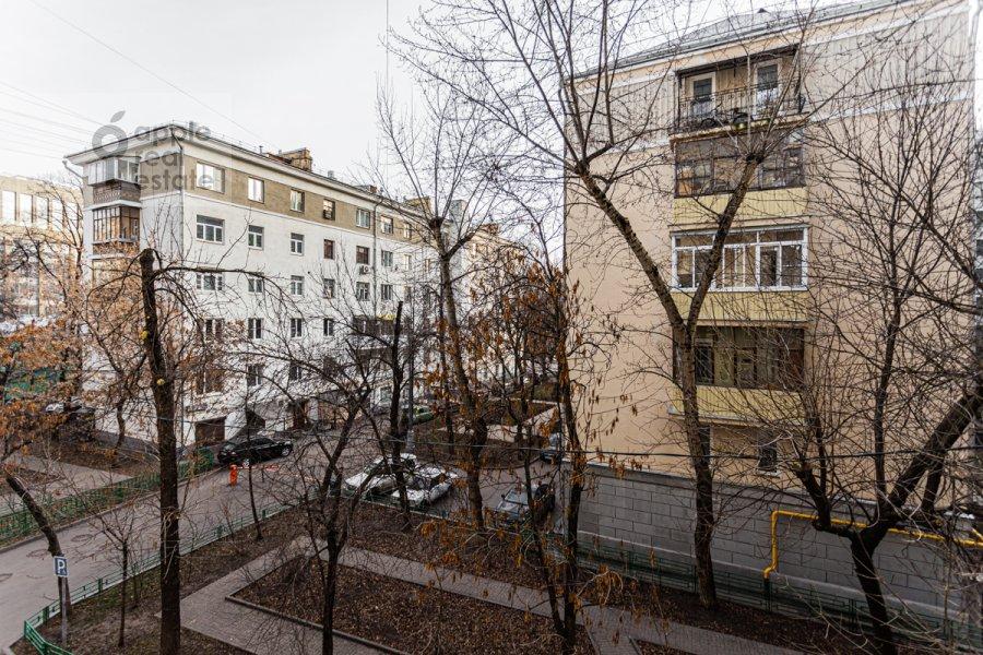 Вид из окна в 3-комнатной квартире по адресу Смоленский бульвар 15