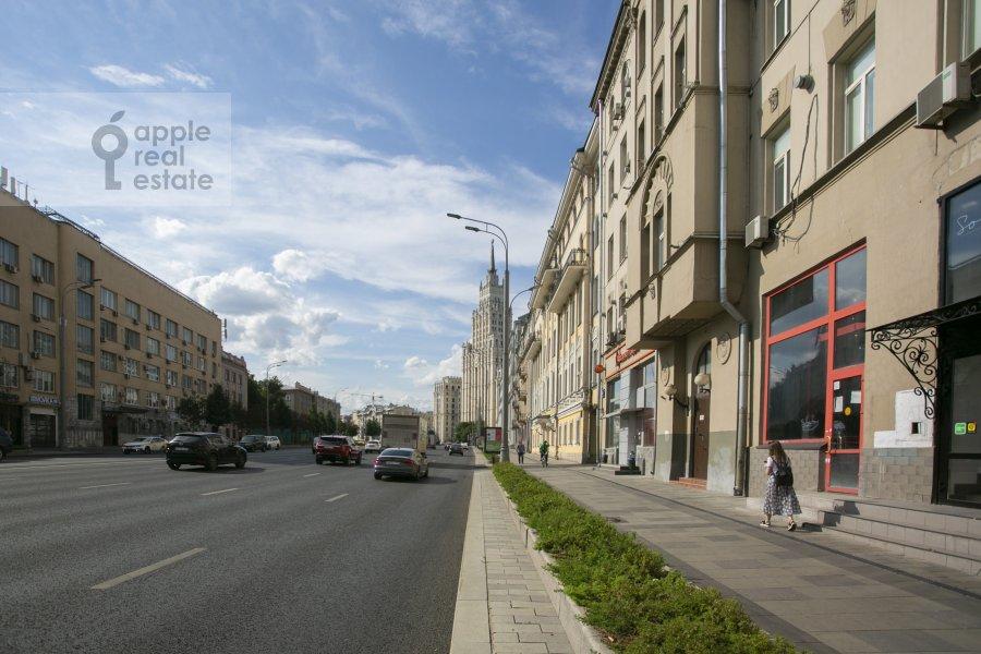 Фото дома 5-комнатной квартиры по адресу Садовая-Черногрязская ул. 3Бс1