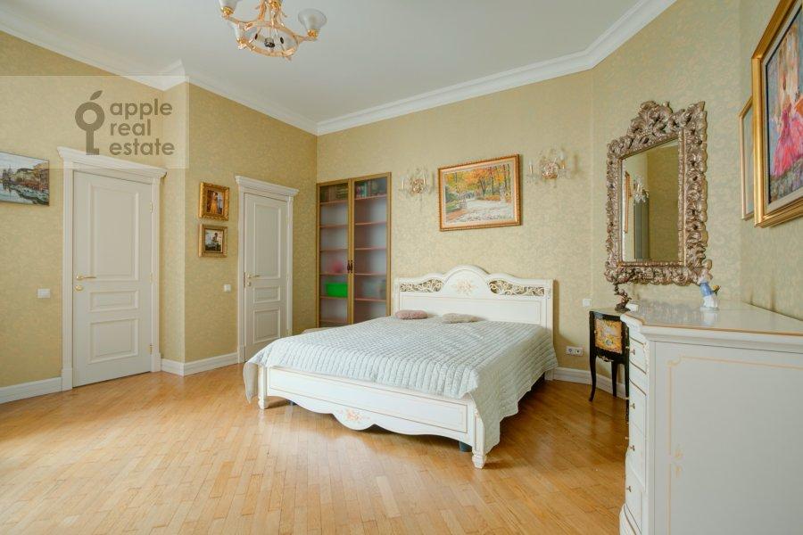 Спальня в 5-комнатной квартире по адресу Садовая-Черногрязская ул. 3Бс1