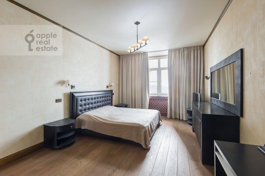 Спальня в 3-комнатной квартире по адресу Авиационная ул. 79к3