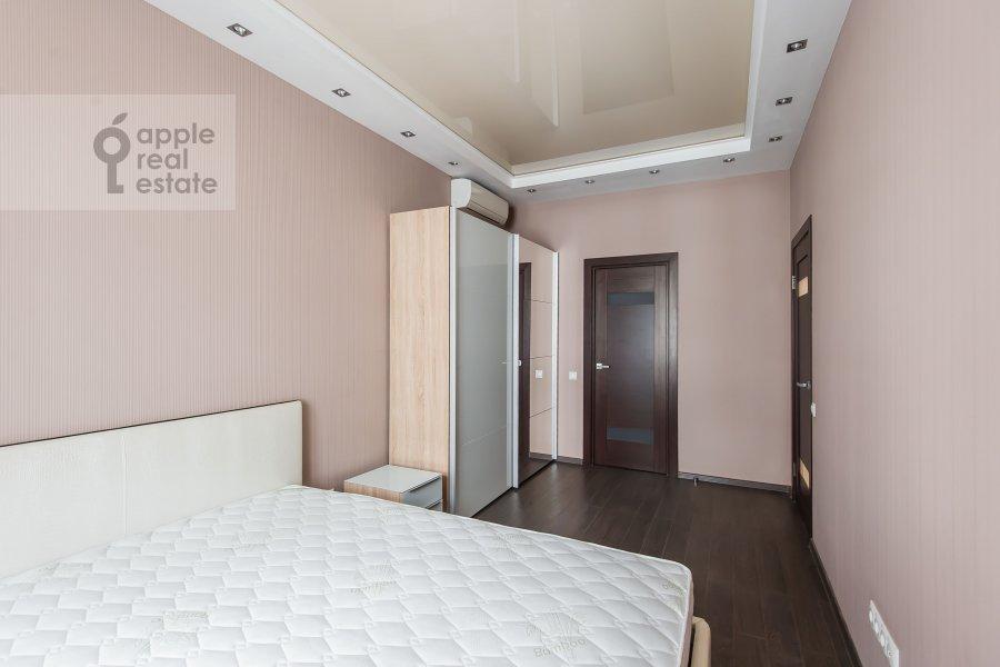 Bedroom of the 3-room apartment at Sretenka ul. 9