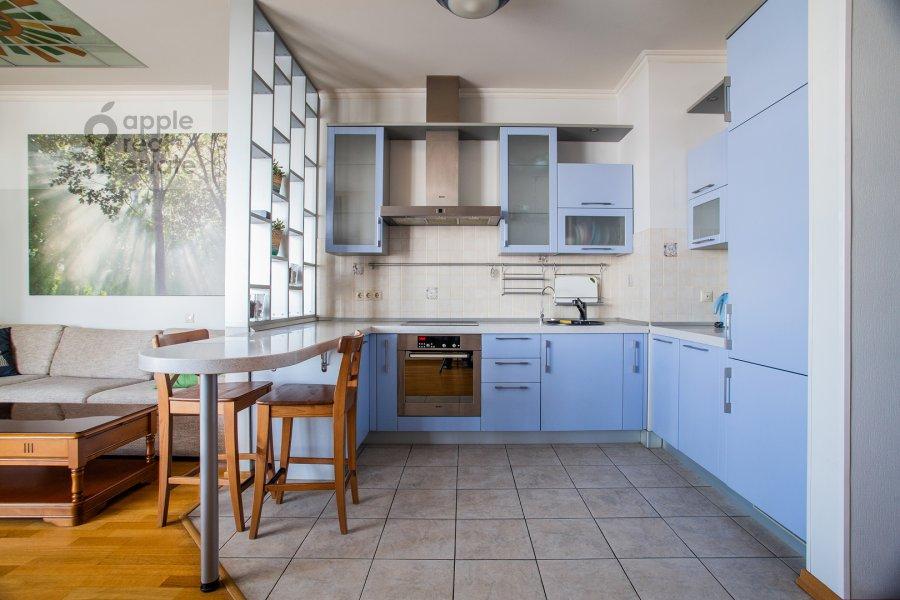 Kitchen of the 3-room apartment at Mosfil'movskaya ul. 70k2