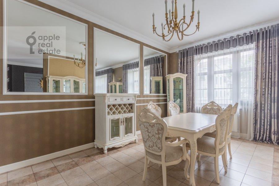 Кухня в 3-комнатной квартире по адресу Фадеева 4А