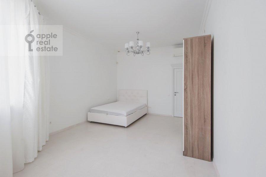 Bedroom of the 4-room apartment at Marshala Zhukova pr-t. 78